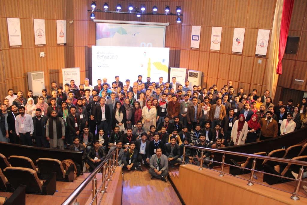 Group Photo of GBG Lahore Participants